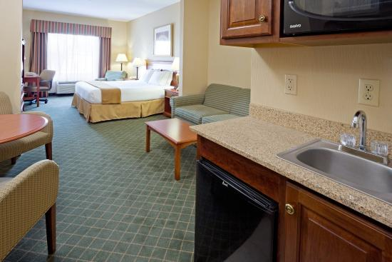 Chester, NY: King Suite