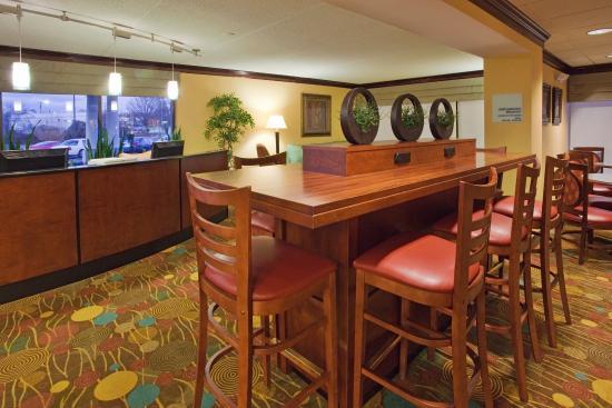 Lynchburg, VA: Hotel Lobby