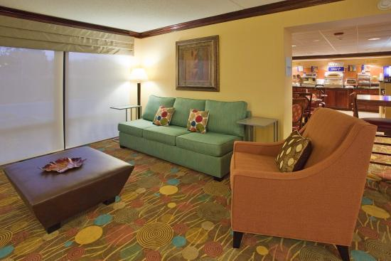 Lynchburg, VA: Take a moment to relax or catch up in our vibrant lobby