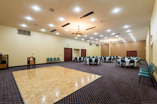 Comfort Inn & Suites Burnet: Our conference room is the perfect spot for your business meeting.