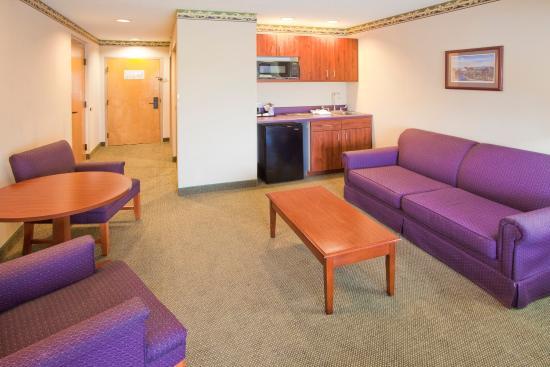 Orange, Wirginia: Suite