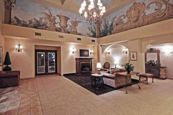 Owasso, OK: Hotel Lobby