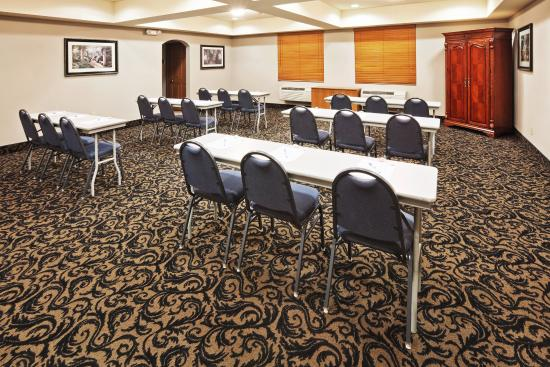 Owasso, Оклахома: Meeting Room