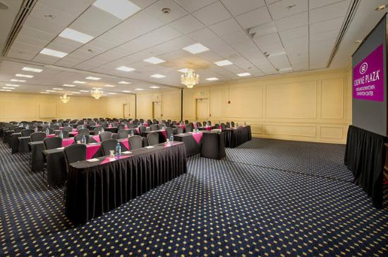 Crowne Plaza Portland-Downtown Convention Center: Crowne Plaza Portland: Windsor Ballroom Sections B