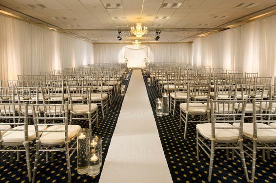 Crowne Plaza Portland-Downtown Convention Center: Crowne Plaza Portland: Windsor Ballroom Wedding