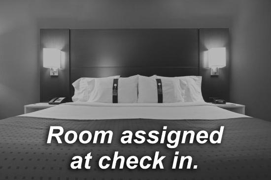 Holiday Inn Express Toledo-Oregon: Room assigned at check in.