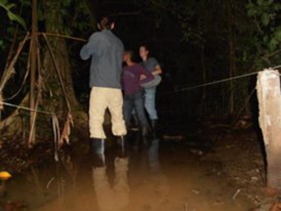 Tortuguero, Costa Rica: dia de lluvia en la nocturna