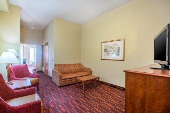 Woodbridge, Virginie : Two Room King Bed Suite