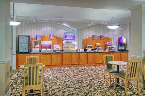 Portales, NM: Breakfast Bar