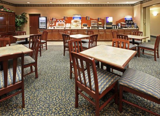 Bryant, AR: Breakfast Bar