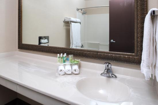 Spokane Valley, واشنطن: Standard Guest Bathroom