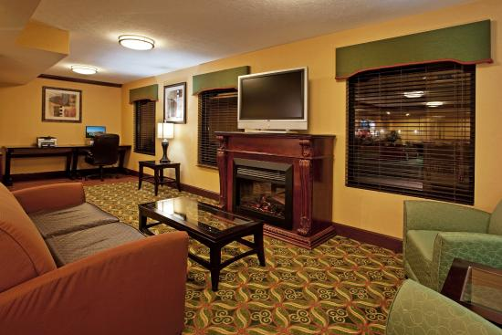 London, OH: Guest Dining Lounge