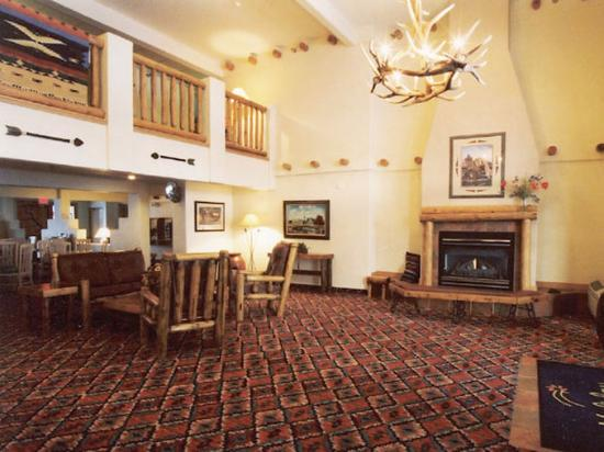 Ogallala, NE: Lobby View