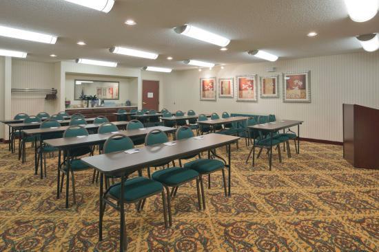 Rensselaer, IN: Meeting Room