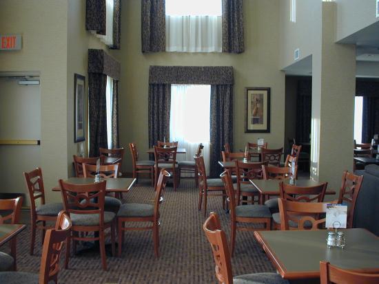 Victor, NY: Breakfast Area Great Room