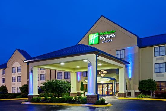 Scottsburg, Индиана: Hotel Exterior