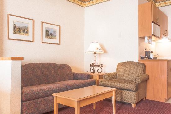 Elko, NV: Suite