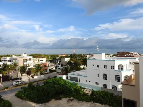 Vela s condos desde puerto morelos m xico for Apartahoteles familiares playa