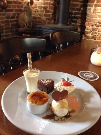 Woodbridge, UK: Valentines Sharing Assiette of Desserts