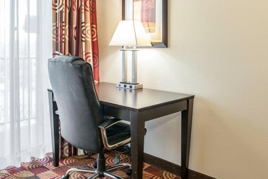 Bloomington, IN: Guest room