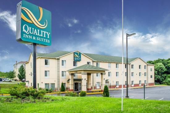 Quality Inn & Suites Hershey: Exterior