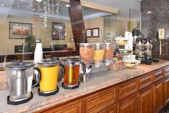 Walnut, Californië: Breakfast bar