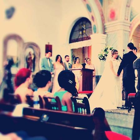 Jarinu: Noivos no altar