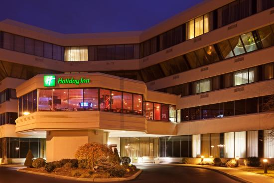 Holiday Inn Rockland MA Hotel - located south of Boston.