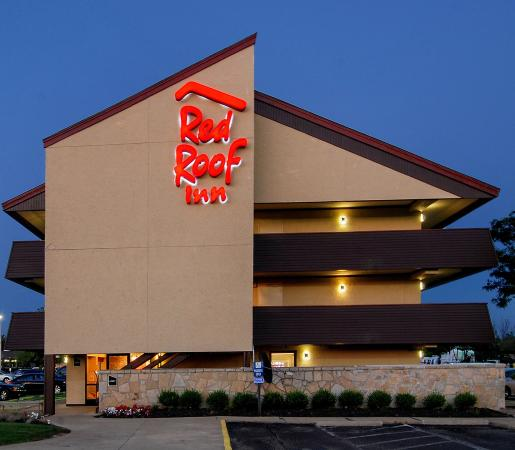 Red Roof Inn Toledo - University