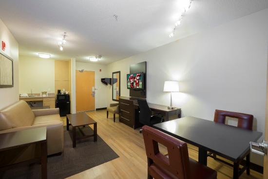 Saugus, MA: Suite