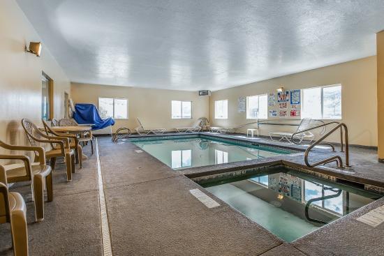 Salina, UT: Pool