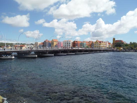 Punda: View of bridge