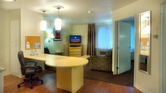 Round Rock, TX: One Bedroom Suite