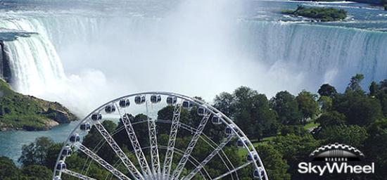 Country Inn & Suites By Carlson, Niagara Falls, ON: Skywheel