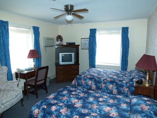 Pictou, Kanada: Harbour view 2 beds