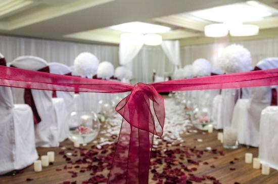 Travelodge Hotel Saskatoon: Galaxy Room Wedding