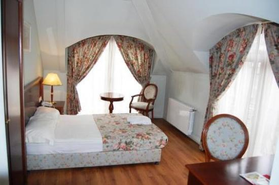 Sofia Residence: Guest room