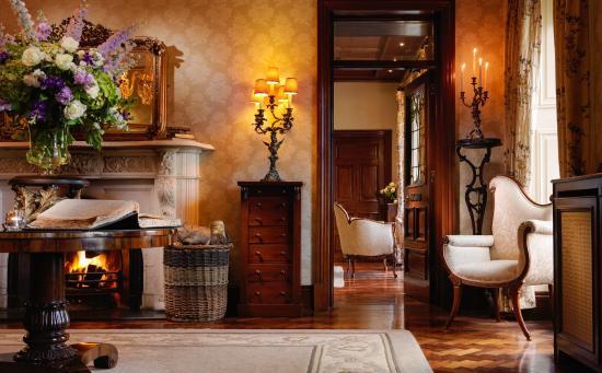 Bushypark, İrlanda: Glenlo Abbey Hotel Reception