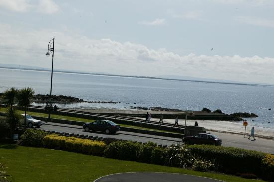Galway Bay Hotel: Exterior