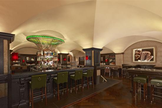 Westin Dublin: The Mint Bar