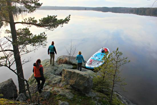 Loppi, Suomi: SUP tour with a BIG SUP-board Red Paddle Ride XL on Lake Punelia