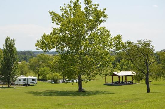 Baileyton RV Park & Willowview Cabins