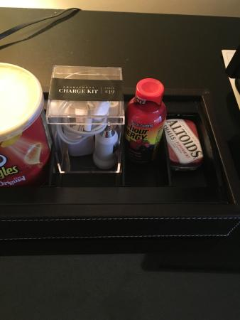 Four Seasons Hotel Houston: Nothing like 5 hour energy and Altoids to go with your Pringles.