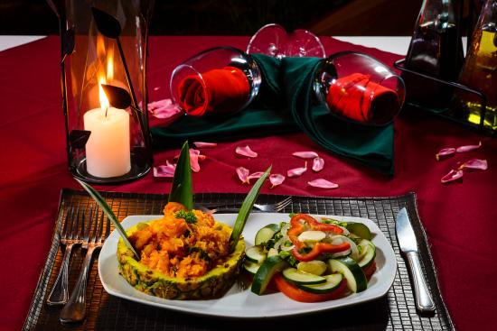 Hotel Manatus: Restaurante gourmet Ara Macaw