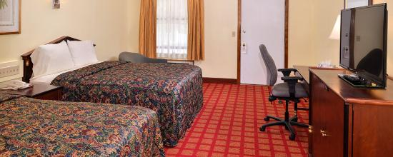 Captains Quarters Motel and Conference Center : Double Beds