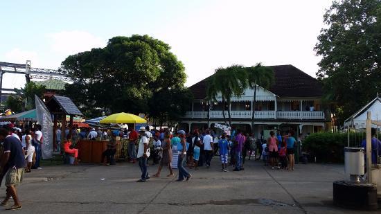 Sainte Marie, Martinica: The distillery