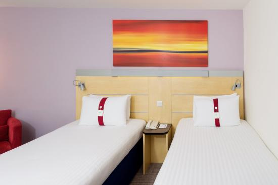 Stansted Mountfitchet, UK: Twin Bed Guest Room