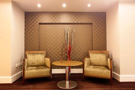 Holiday Inn Express London Croydon: Hotel Lobby