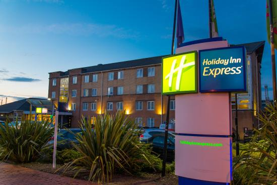 Photo of Holiday Inn Express Cardiff Bay