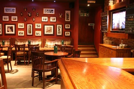 Scotland's Hotel & Spa: Scotlands Hotel Pitlochry MACNABSBar